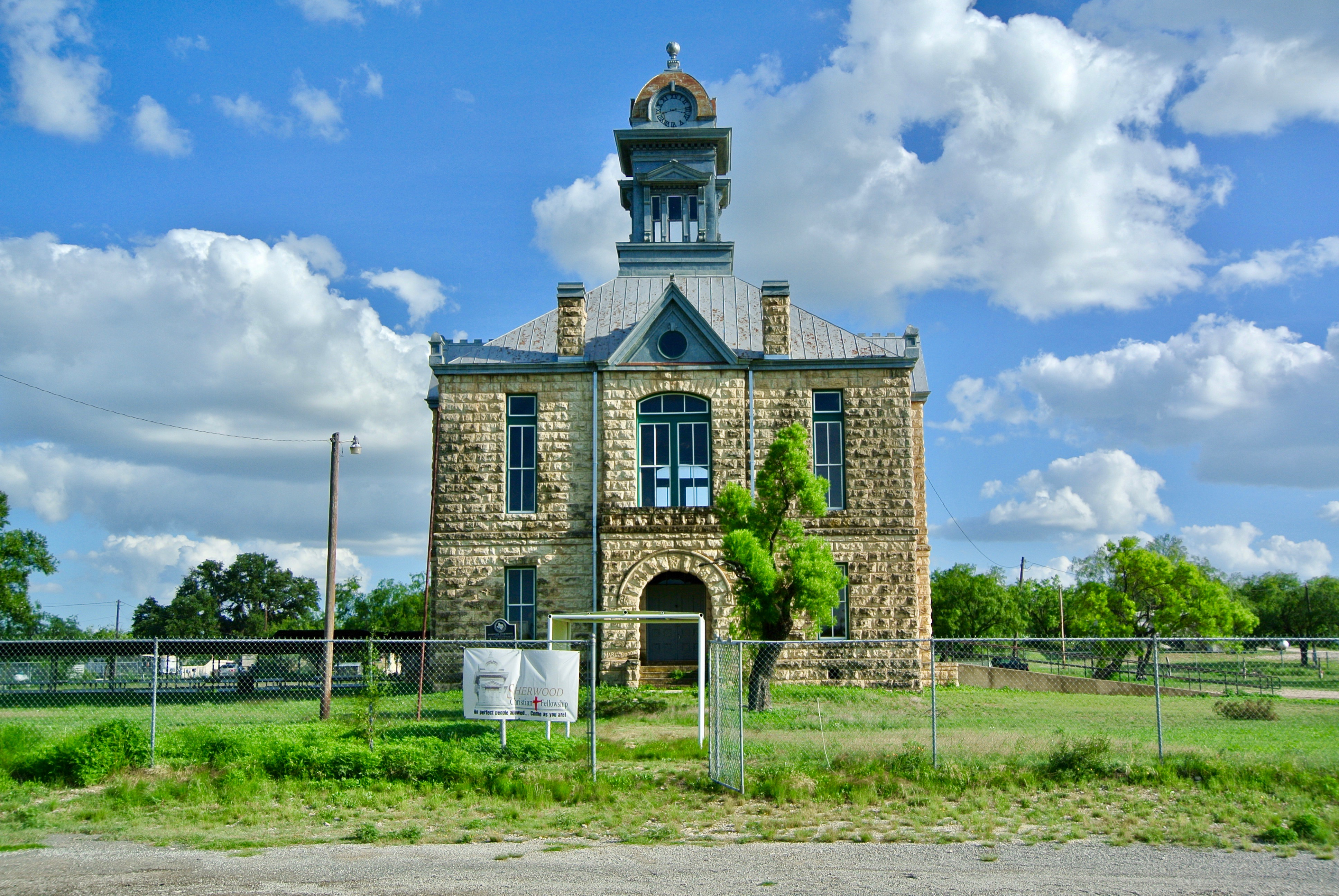 Sherwood Courthouse Irion County