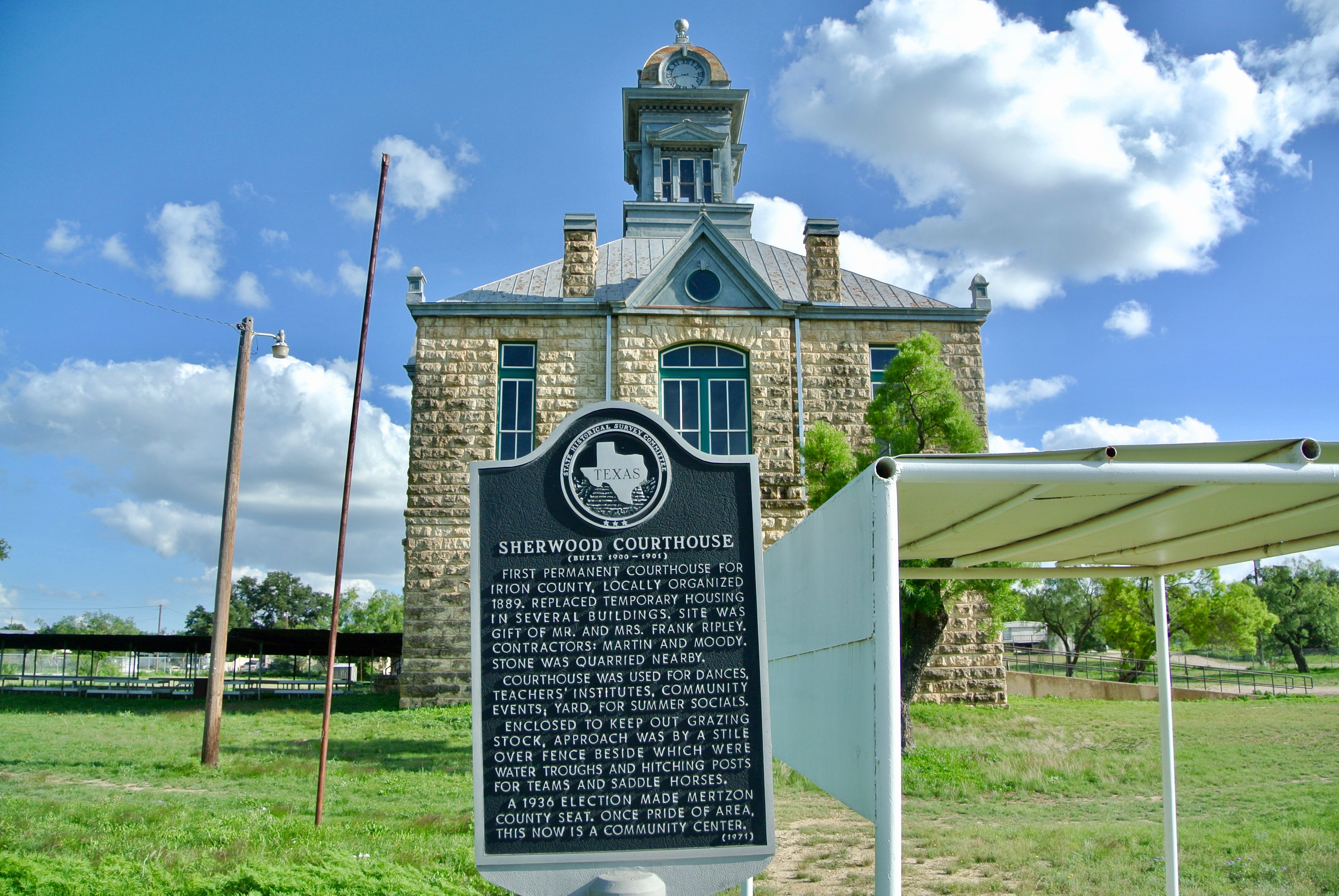Sherwood Courthouse Sherwood Irion County Texas